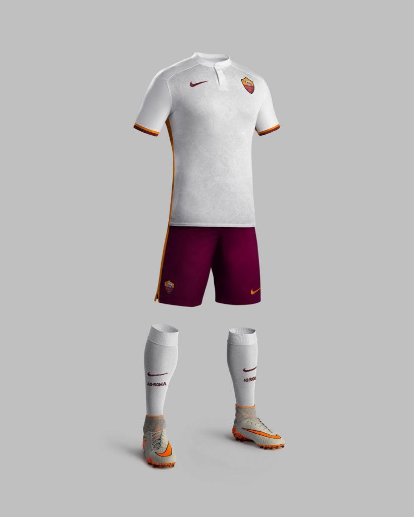 Fa15_Club_Kits_PR_Match_Full_Body_A_AS_Roma_43858