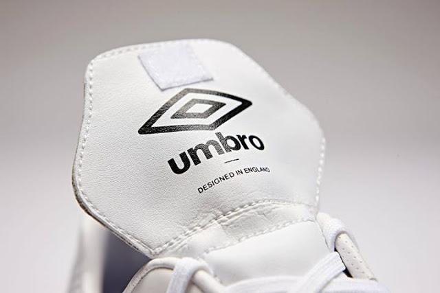Umbro Speciali Eternal white-black-clematis blue 5