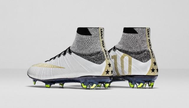 Nike_Carli_Lloyd_Cleats_PAIR_D2_51642